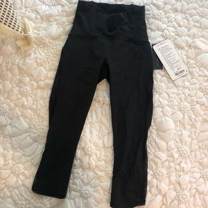 Lululemon High Rise Crop Bottoms | Size 2 | NWT